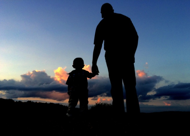 24105_Father_&_Son_Silhouette_
